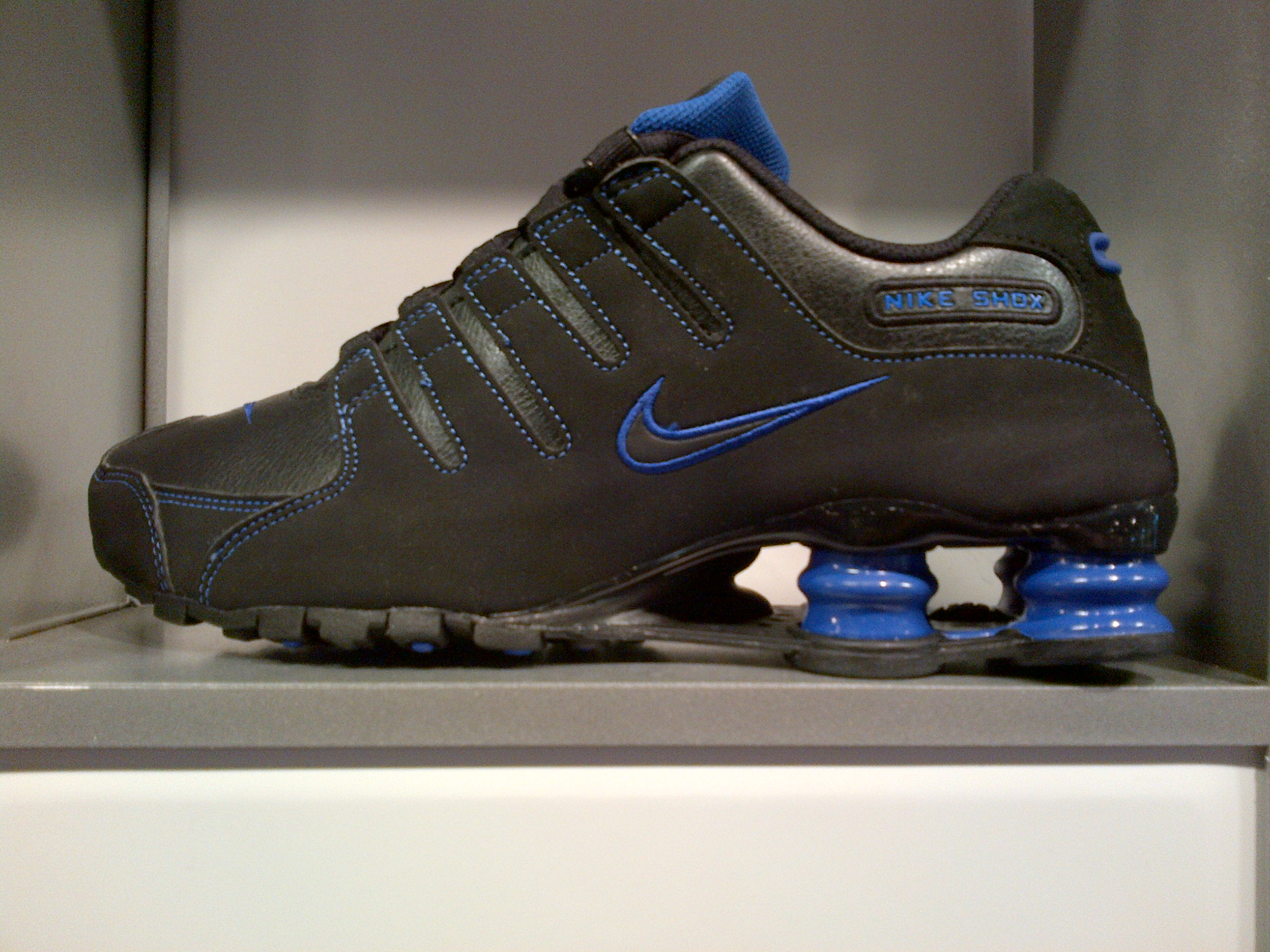 Nike Shox Nz Mens Nike Shox Nz Men s Running Shoes  fb44a9f540e4